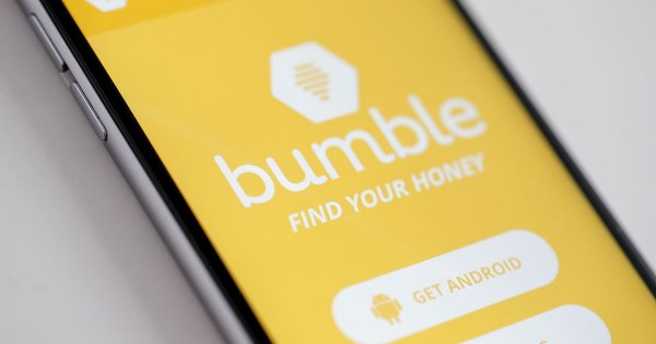 Bumble Starts Trading After Its $2.15 Billion IPO. Should You Buy?