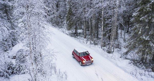 Oldtimer-News: Ein Mini-Weihnachtsmärchen aus den finnischen Wäldern