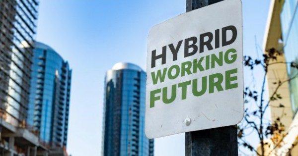Zukunft der Arbeit: Hybride Arbeitsmodelle senken die Fluktuation